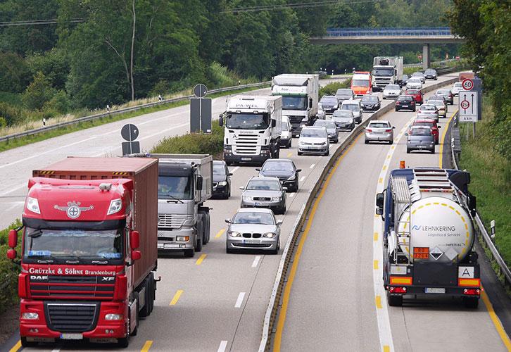 Por qué una flota de camiones propia