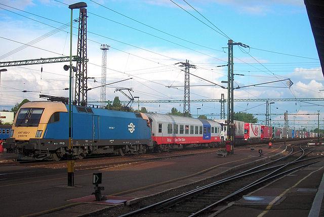 La autopista ferroviaria entre España y Francia, cada vez más cerca
