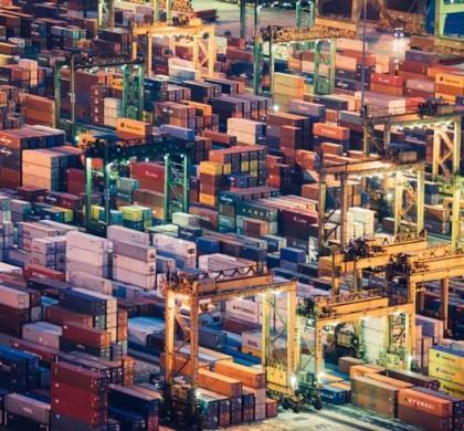 Las terminales de contenedores buscan la automatización por la senda del vehículo autónomo